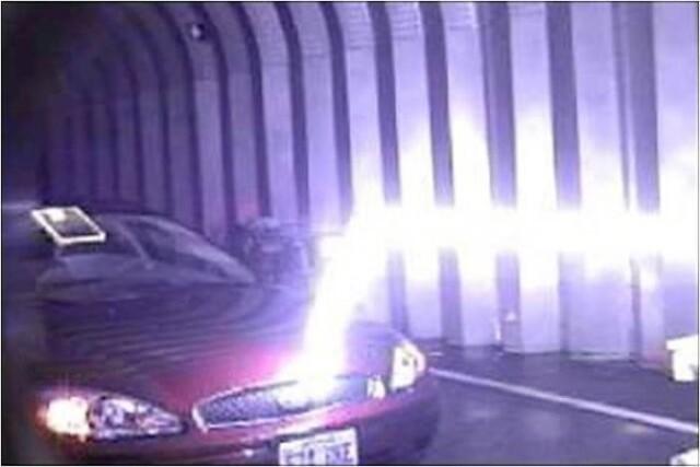 Pioruny kierowane laserem.....