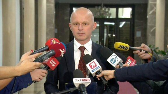 """""""Taki obrót przybrały wydarzenia na scenie politycznej"""". P. Szałamacha o przyczynach dymisji"""