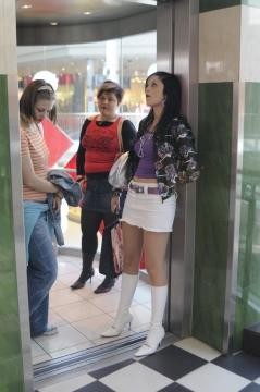 mall_girls_DSC1317.jpg