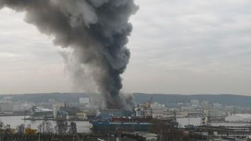 Pożar w porcie w Gdyni. Na miejscu dziesiątki zastępów strażaków