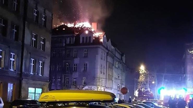 Pożar kamienicy w Bytomiu. Poddasze mogło zapalić się od fajerwerków