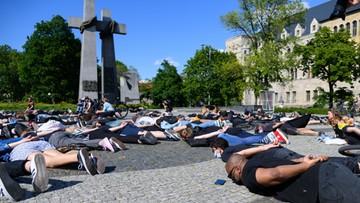 """Marsz pamięci George'a Floyda w Poznaniu. """"Mamo, nie mogę oddychać"""""""