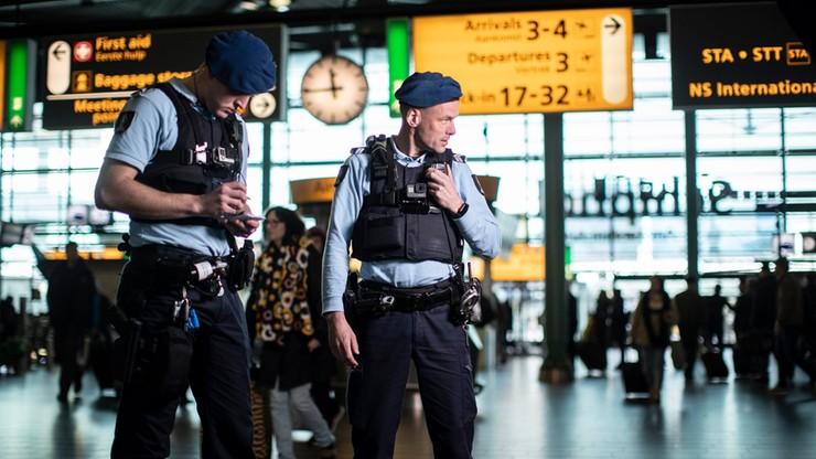 Polka aresztowana na lotnisku w Holandii. Nie chciała założyć maseczki, zaatakowała załogę