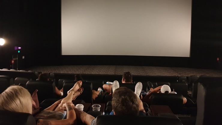Od soboty otwarcie kin. Większość jednak nie wznowi działalności