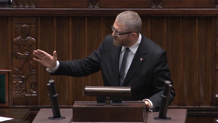 Początek obrad Sejmu. Grzegorz Braun wnioskował o przerwę. Zaskakujące uzasadnienie