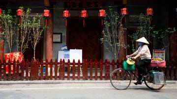 Wietnam przed szczytem pandemii, Chiny i Korea Płd. coraz wyraźniej hamują