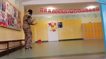 Panika po symulacji ataku terrorystycznego w szkole. Komendant policji odwołany ze stanowiska