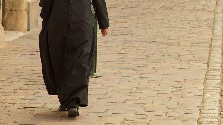 Ksiądz z dolnośląskiej parafii podejrzany o pedofilię. Prokuraturę zawiadomiła kuria