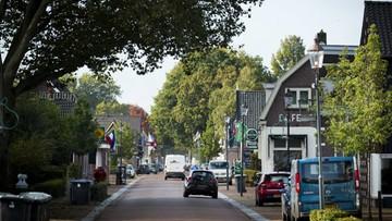 Przedłużono areszt mężczyźnie, który więził 7 osób w Holandii