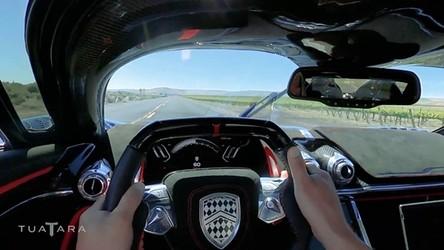 533 km/h na publicznej drodze, najszybszym hipersamochodem świata [FILM]