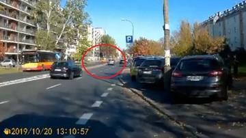 Nagranie z chwili wypadku na Bielanach, gdzie kierowca bmw wjechał w rodzinę