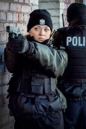 """""""Policjantki i Policjanci"""" - odcinek 647: Postrzelony obcokrajowiec"""