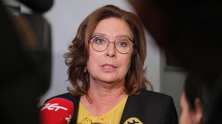 """Sejm potępił """"akty nienawiści antykatolickiej"""", Kidawa-Błońska była """"za"""". """"Omyłkowo"""""""