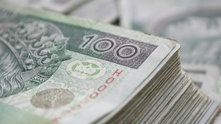 Polacy mieli na koniec 2019 roku ponad 77 mld złotych długów