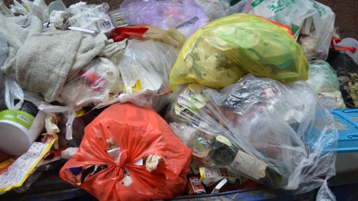 Sortownia śmieci na warszawskich Siekierkach przestała przetwarzać odpady
