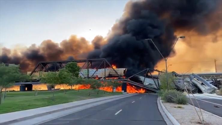 """Arizona, USA: katastrofa kolejowa na moście. """"Scena jak z piekła"""""""