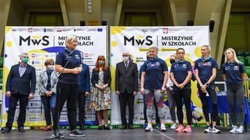 """Polskie sportsmenki zachęcały młode uczennice do aktywności fizycznej. Wszystko w ramach akcji """"Mistrzynie w Szkołach"""""""