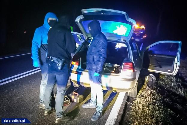 Wieluń. Porwanie dziecka. Obława policji w kilku powiatach