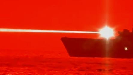 """Armia USA przetestowała broń laserową o potężnej mocy. """"Dron nie miał szans"""" [FILM]"""