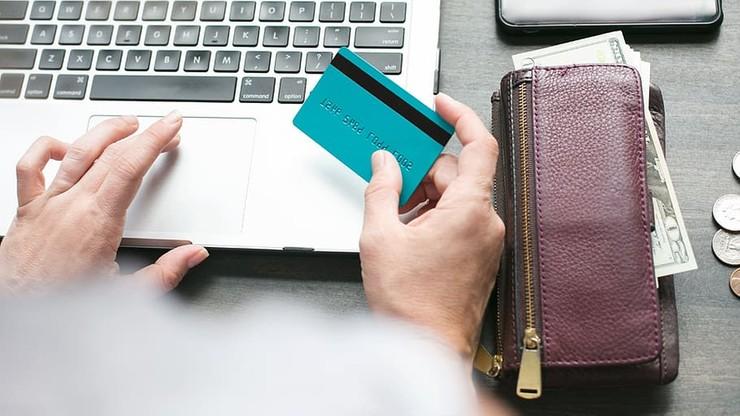 Ponad 15 mld euro na zakupy przez internet. Polska z najwyższym wzrostem w Europie