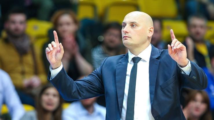 Trener Arki Gdynia: Niemiecki zespół przebudził się i jest bardzo groźny