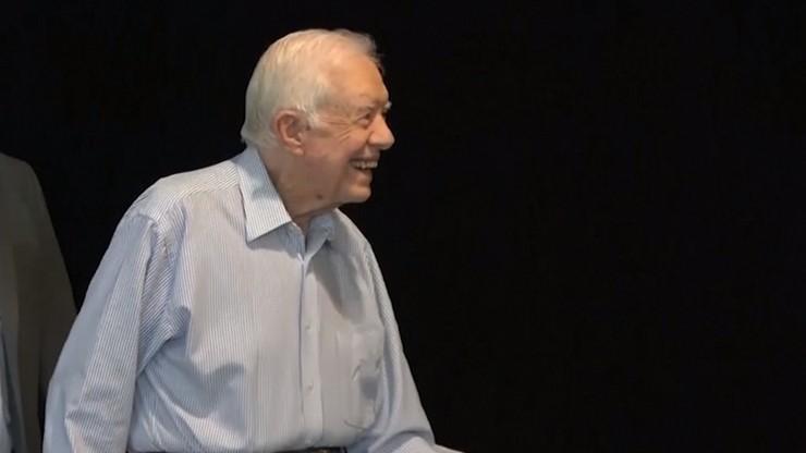 """Kolejna kontuzja nie martwi byłego prezydenta USA. Jimmy Carter """"jest w dobrym nastroju"""""""