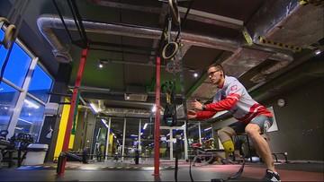 """Uczestnik """"Ninja Warrior Polska"""" stracił nogę w wypadku. Teraz przygotowuje się do igrzysk"""