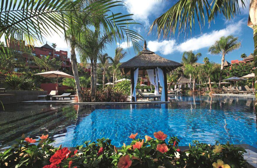 Asia Gardens - A Royal Hideaway Hotel