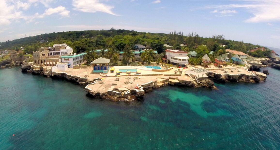 Samsara Cliff Resort - Jamajka